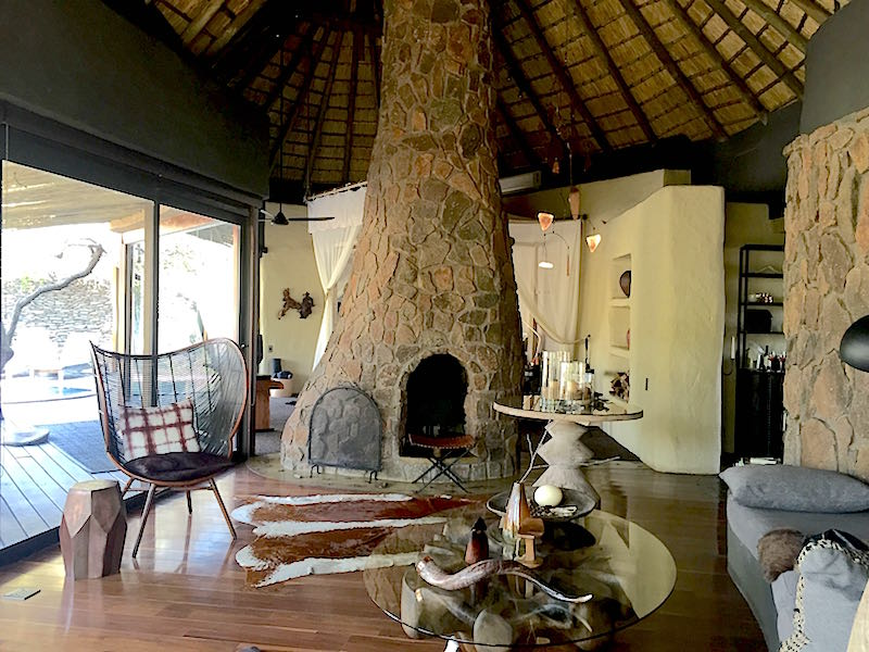 Singita Boulders living room image