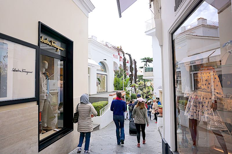 Capri Town shops image