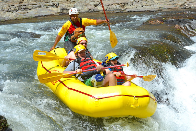 Costa Rica white water rafting image