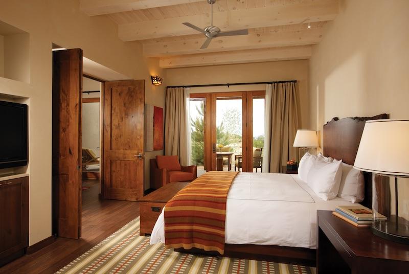 Four Seasons Rancho Encantado Santa Fe guestroom image