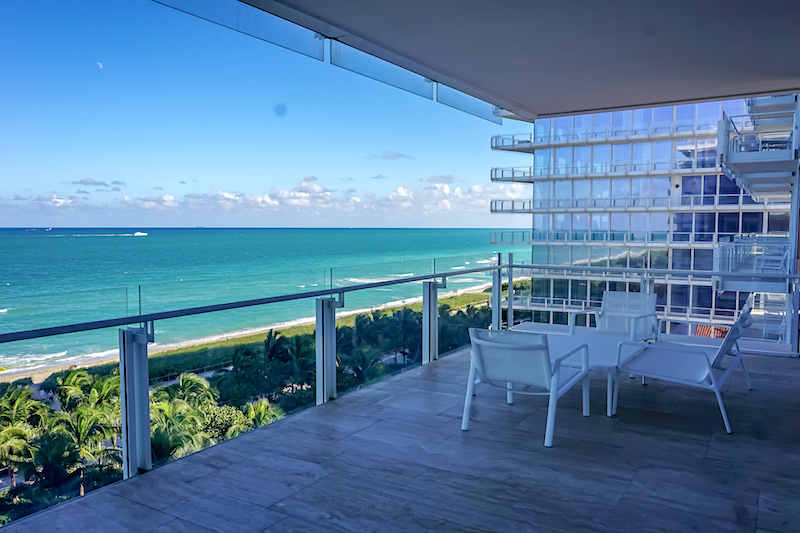 Four Seasons, The Surf Club 2-bedroom Oceanfront Suite balcony