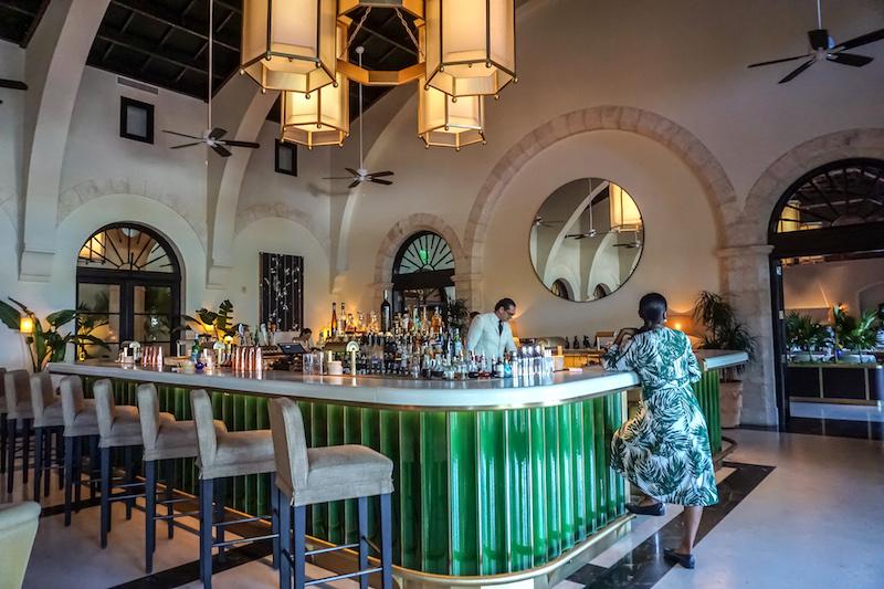 Four Seasons, The Surf Club champagne bar image