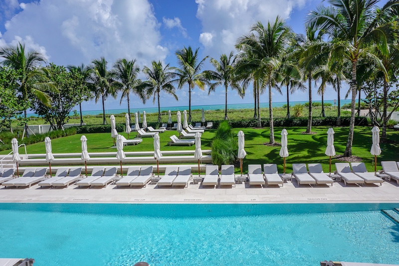 Four Seasons, The Surf Club pool image
