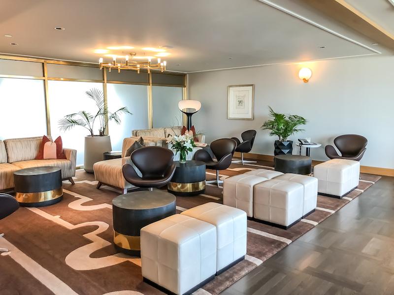 Fairmont Montreal The Queen Elizabeth Gold Concierge Lounge image