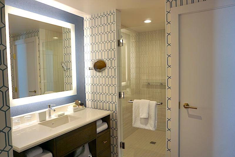 Fairmont Austin Park View Suite bath