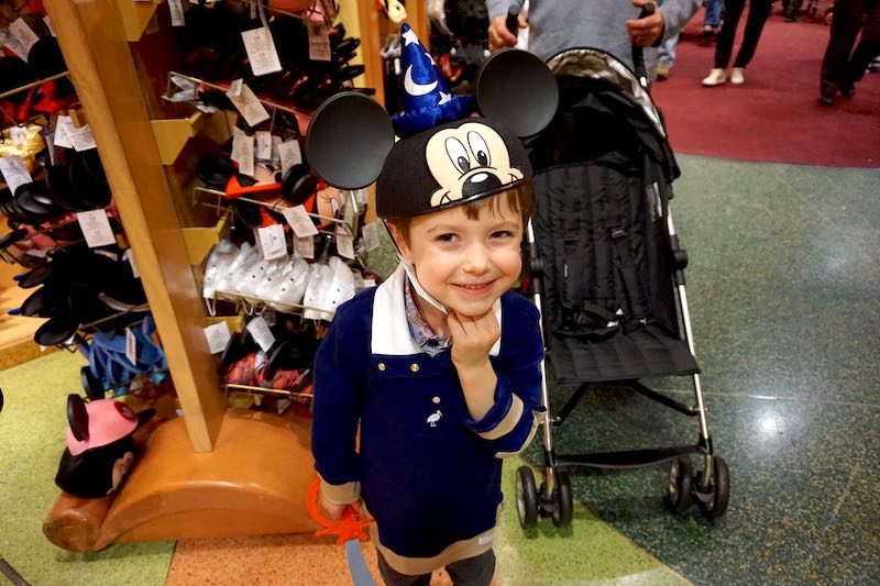 Disney World shopping image