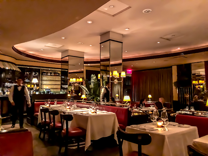 The Monkey Bar New York dining room image