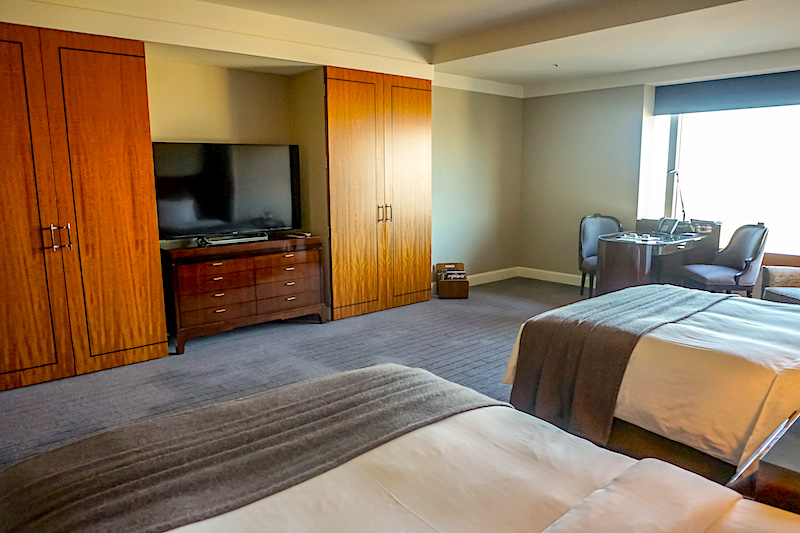 Ritz Carlton Tokyo Deluxe Room image