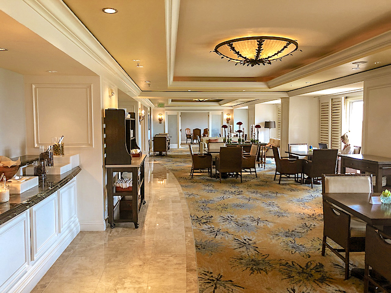 Ritz Carlton Orlando Concierge Club lounge image