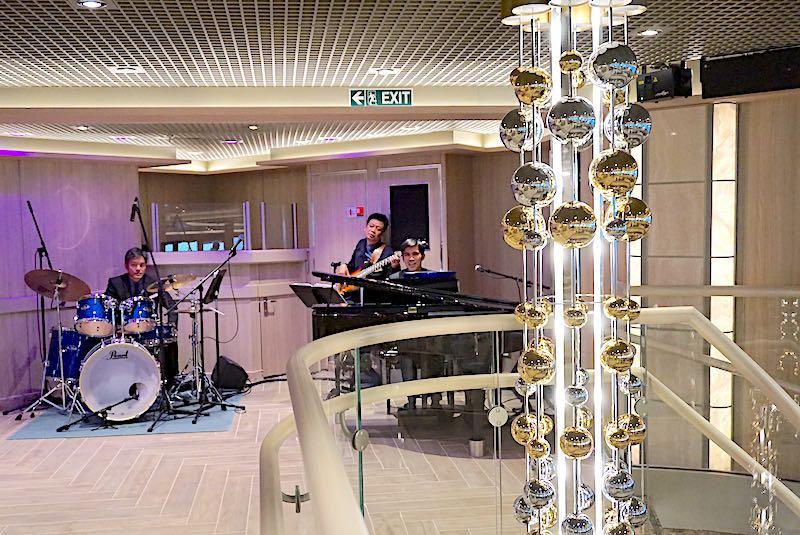 Silver Muse Panorama Lounge trio image