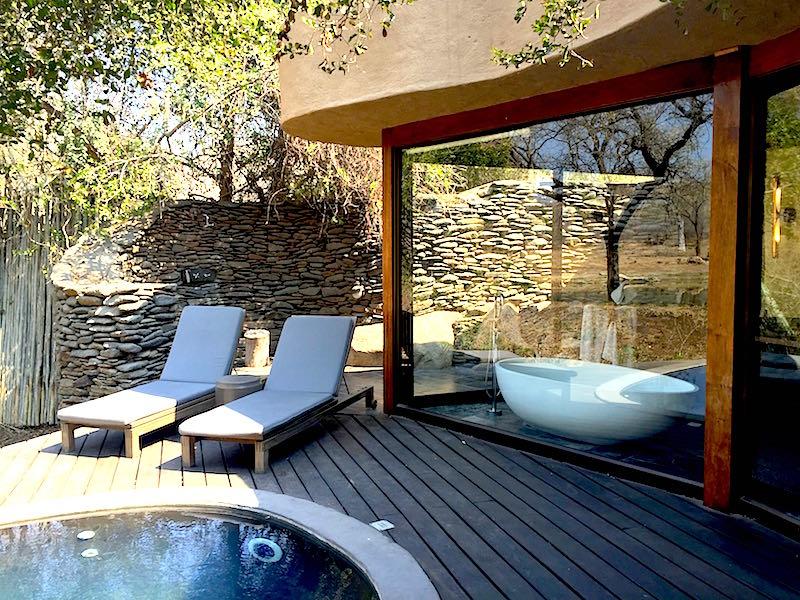 Singita Boulders bath image
