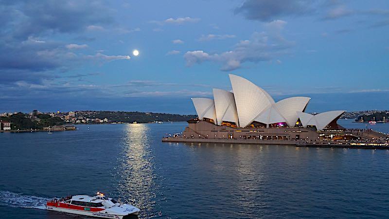 Seabourn Encore Sydney Harbour Bridge image