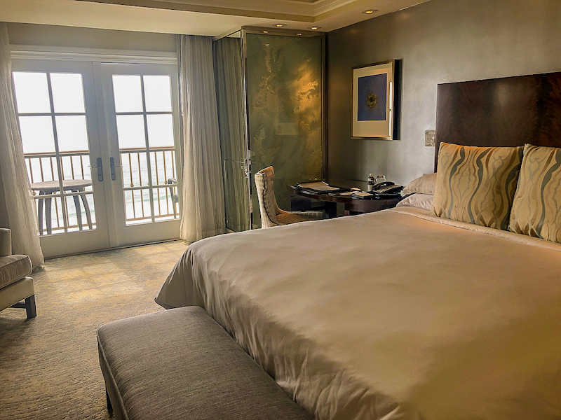 Ritz Carlton Laguna Niguel ocean view guest room image