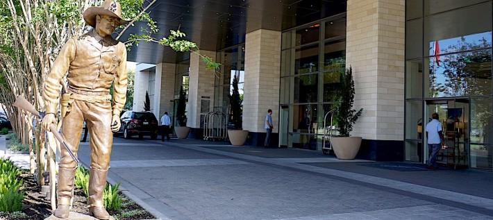 Fairmont Austin: A Texas Hotel With a Contemporary Vibe