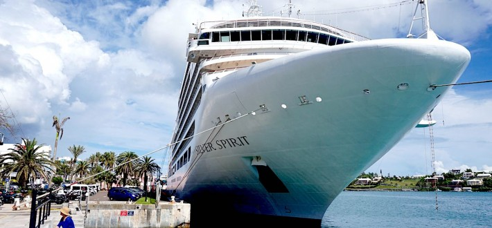 Why Upgrade to a Luxury Cruise Line?